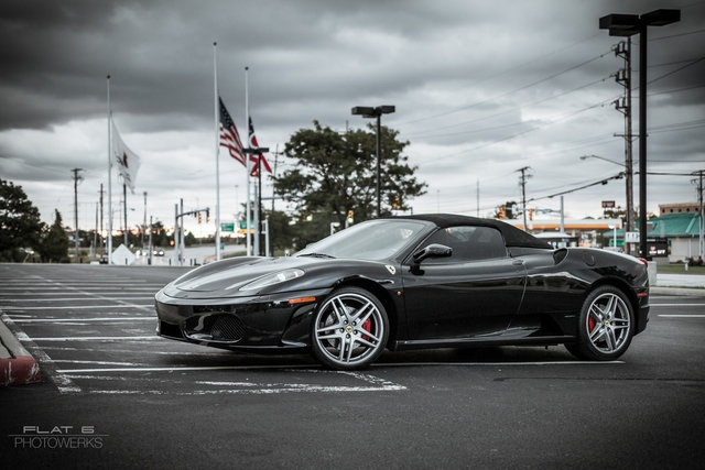 A sharp Ferrari F430 Spider was one of the first arrivals!