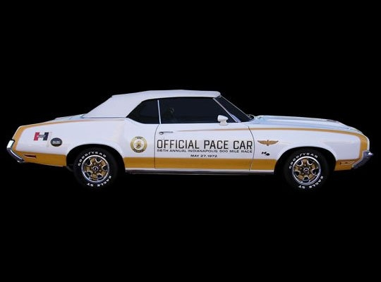 1972 Hurst/Olds Cutlass | 1972 Indianapolis 500 Pace Car Engine: 455ci V8 | Horsepower: 300bhp