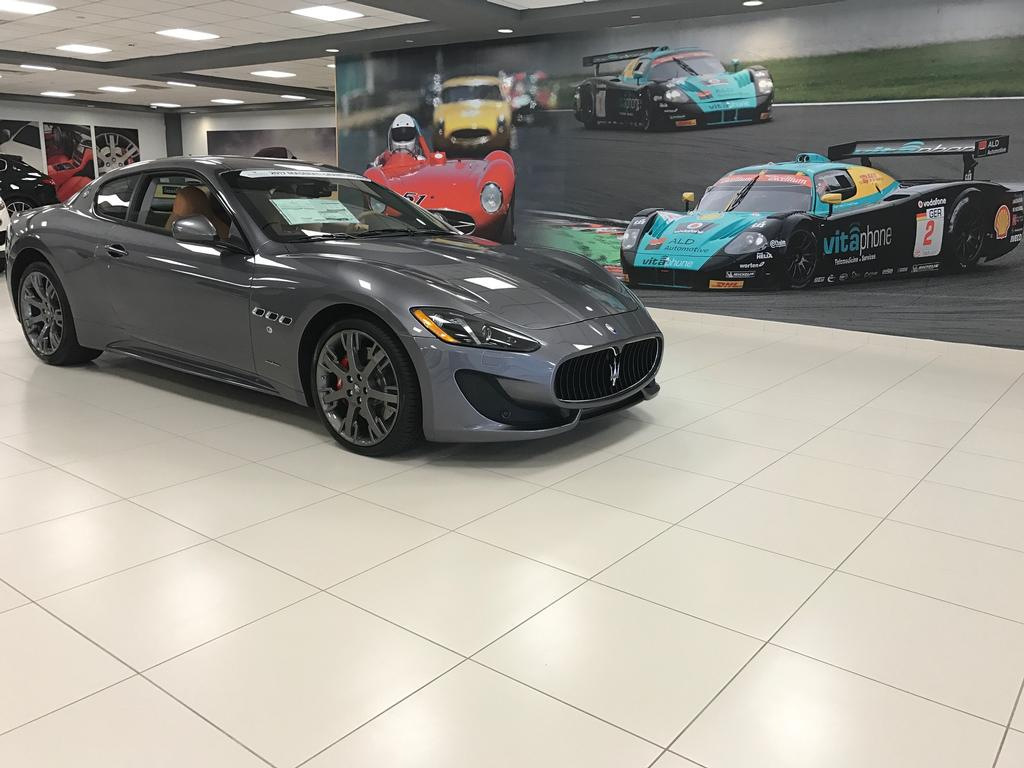 2018 Maserati GranTurismo Convertible MC Package - 17110126 - 64