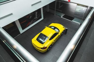 2015 Porsche Cayman 2dr Coupe GTS - Click to see full-size photo viewer
