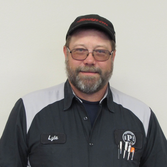 Lyle Cheever Senior Master Technician