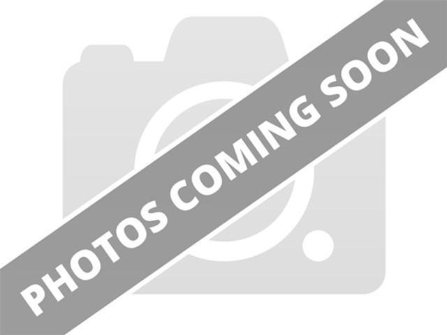 http://images.motorcar.com/sites/12602/default_vehicle_images/2e0fbe50f1_640.jpg