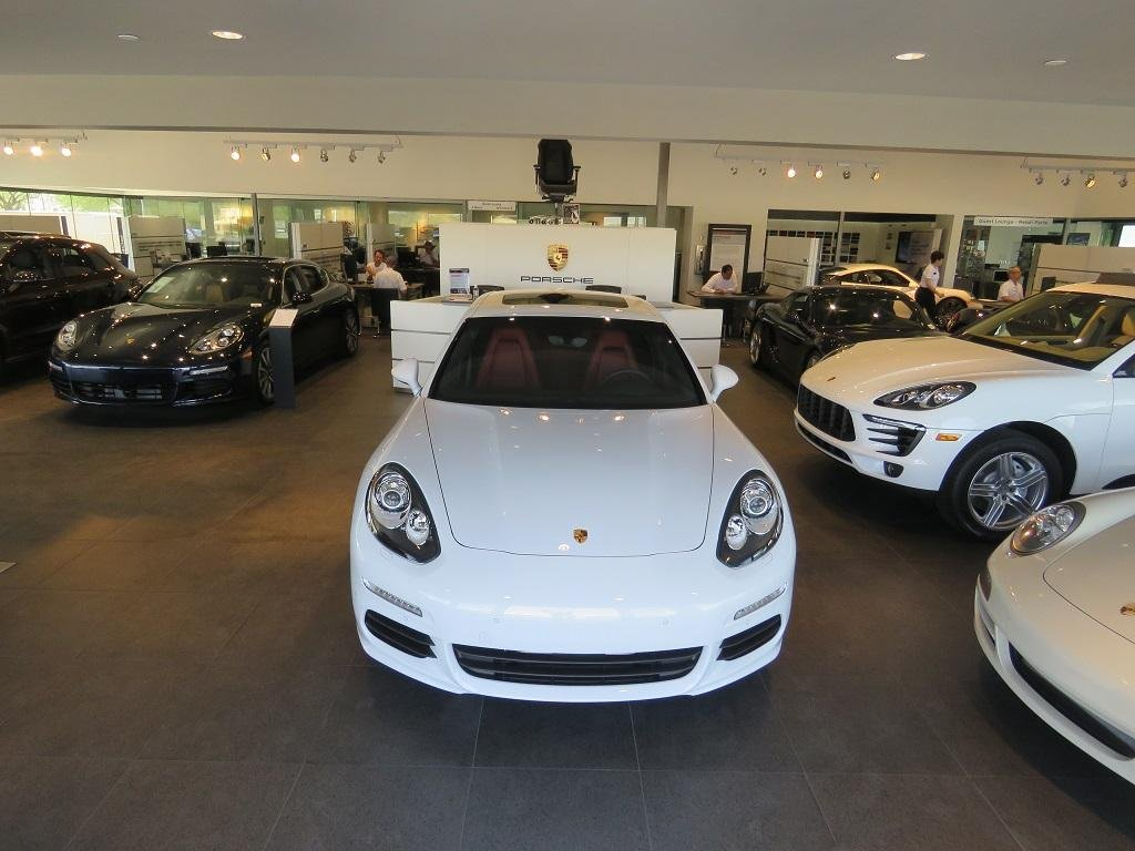 2015 Porsche 911 2dr Coupe Turbo S - 18067210 - 34