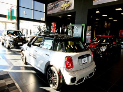 2017 MINI Cooper Convertible  Convertible - Click to see full-size photo viewer
