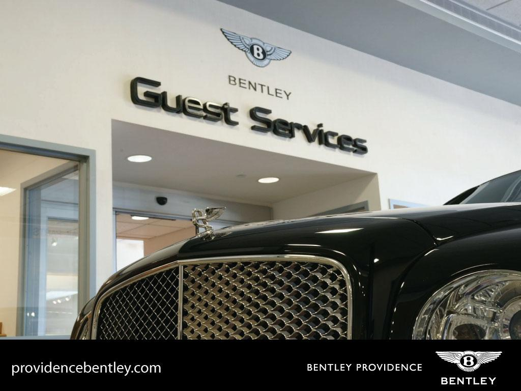 2019 Bentley Bentayga V8 AWD - 18647823 - 102