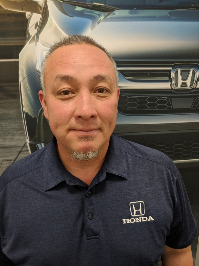 Vinh Hodges Used Car Sales Manager