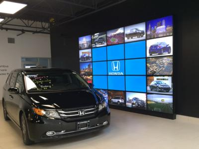 2016 Honda Civic Sedan 4dr CVT Touring - Click to see full-size photo viewer