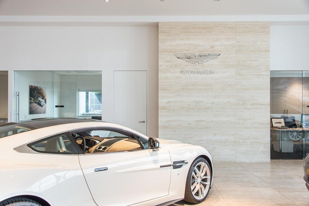 2019 Aston Martin Vantage Special $ $1,449.39 @ month closed-end lease - 18486076 - 42
