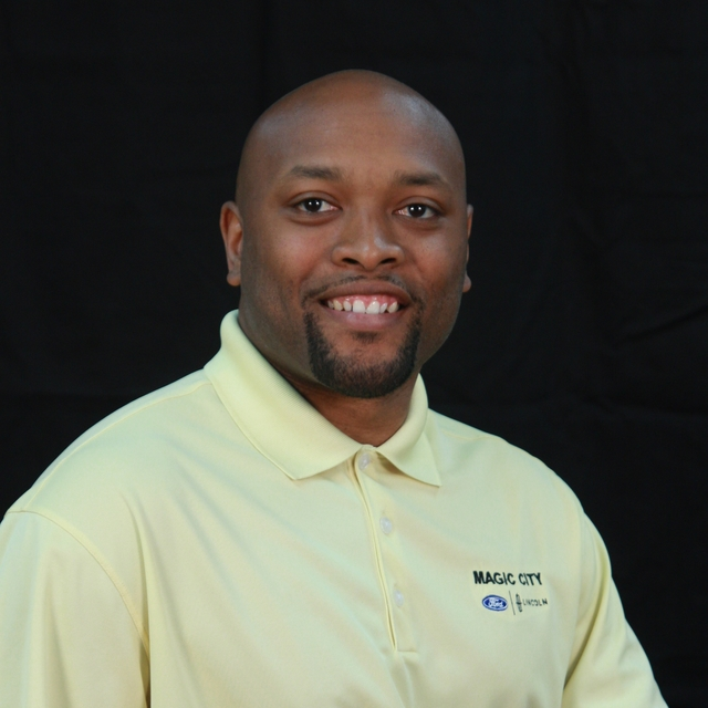 Dujuan Johnson Sales Consultant
